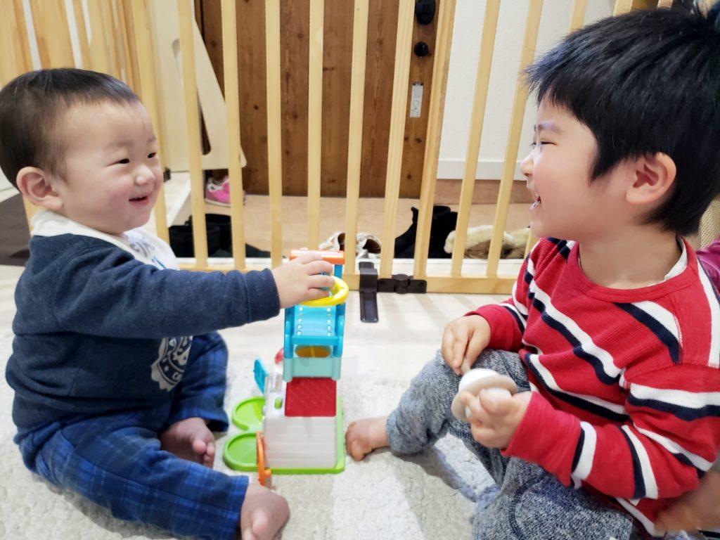 八王子☆託児付きネイルサロンで異年齢のお友だちと仲良しに(*^^*)
