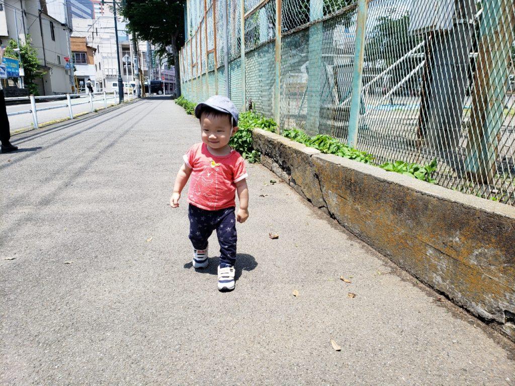 八王子駅近♪一時保育は、にこにこ保育ルームへ☆子連れOKネイルサロン